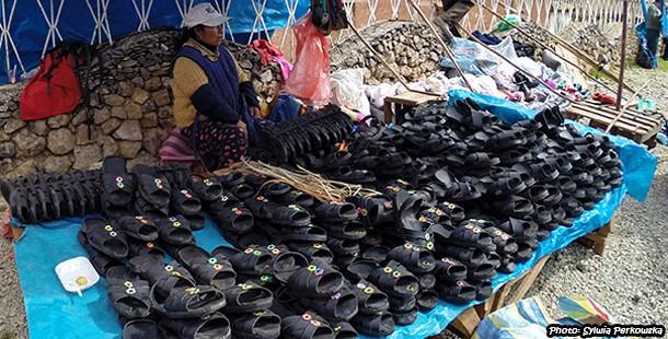 Ojotas, czyli yankees. Tradycyjne sandały w peruwiańskich Andach.
