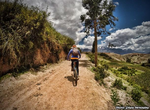 how to do biking tour peru