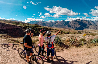 Biking tour to the best spots in Cusco region