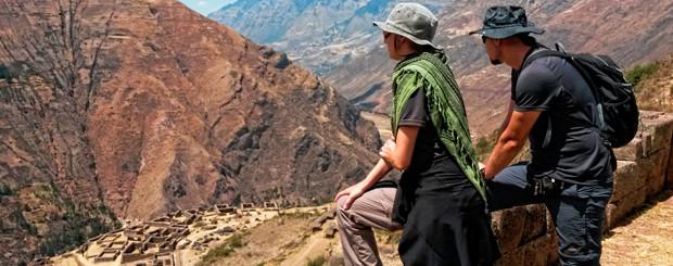 Widok na Salineras de Maras w Peru
