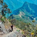 Widok na ruiny Machu Picchu z trasy do sczytu Machu Picchu