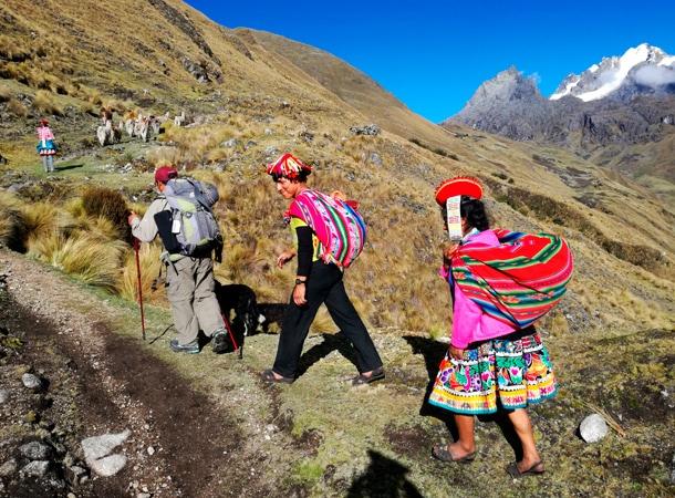 Lares Patacancha trekking. Unikalny szlak w Peru