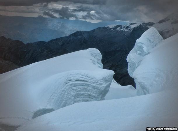 Tocllaraju in Cordillera Blanca
