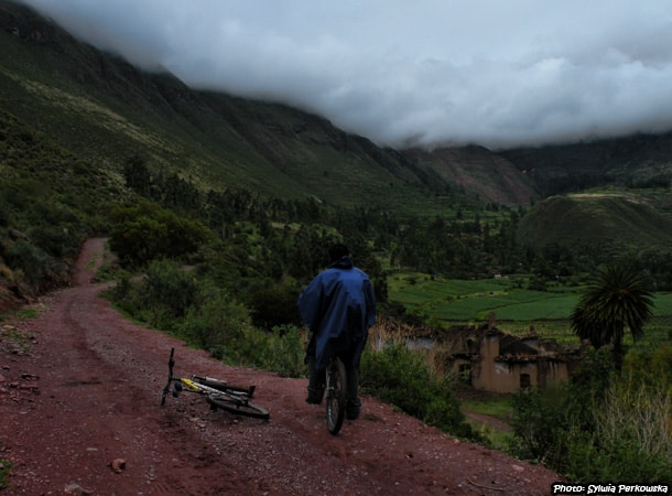 Bike tour near Cusco Peru