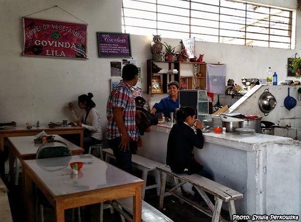 cusco cheap restaurant govinda in san blas