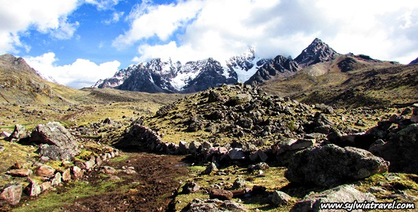 Trekking near Cusco Ausangate circle