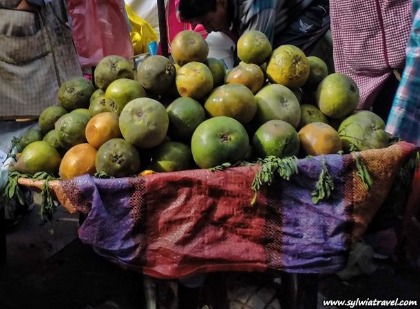Peruvian fruits Lucuma