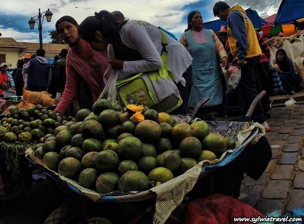 Fruits in Peru lucuma
