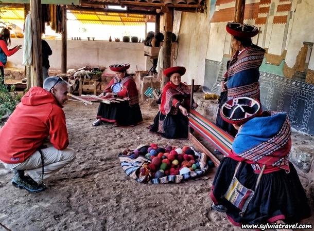 Jak sie wytwarza tekstylia w peru