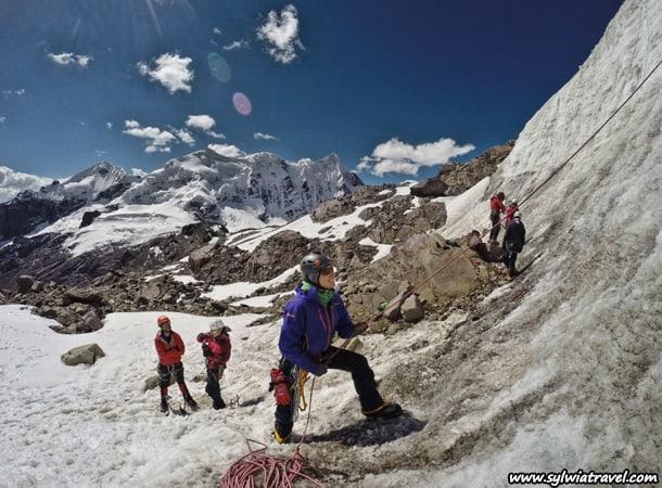 Szkolenie-ze-wspinaczki-wysokogorskiej,-Peru,