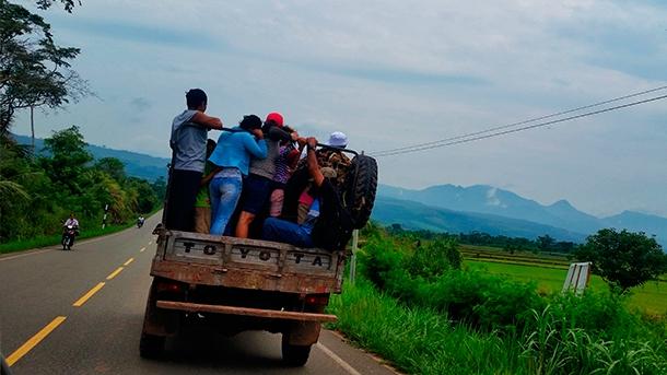 Lokalny transport w Peru. Wyprawy do Peru