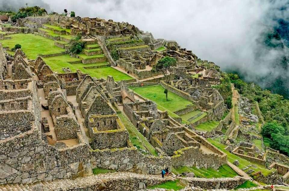 Dowiedz się, jakie sankcje karne grożą za zniszczenie Machu Picchu