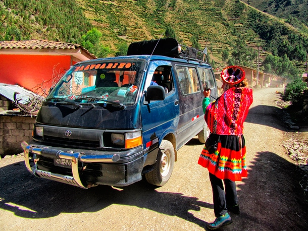 Which transport to choose while travelling in Peru and why?