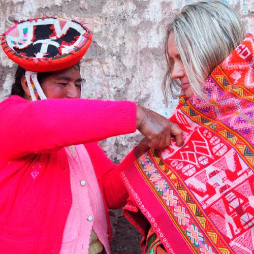 Wycieczki w regionie Cuzco w Peru. PerƗy poƗudniowego Peru