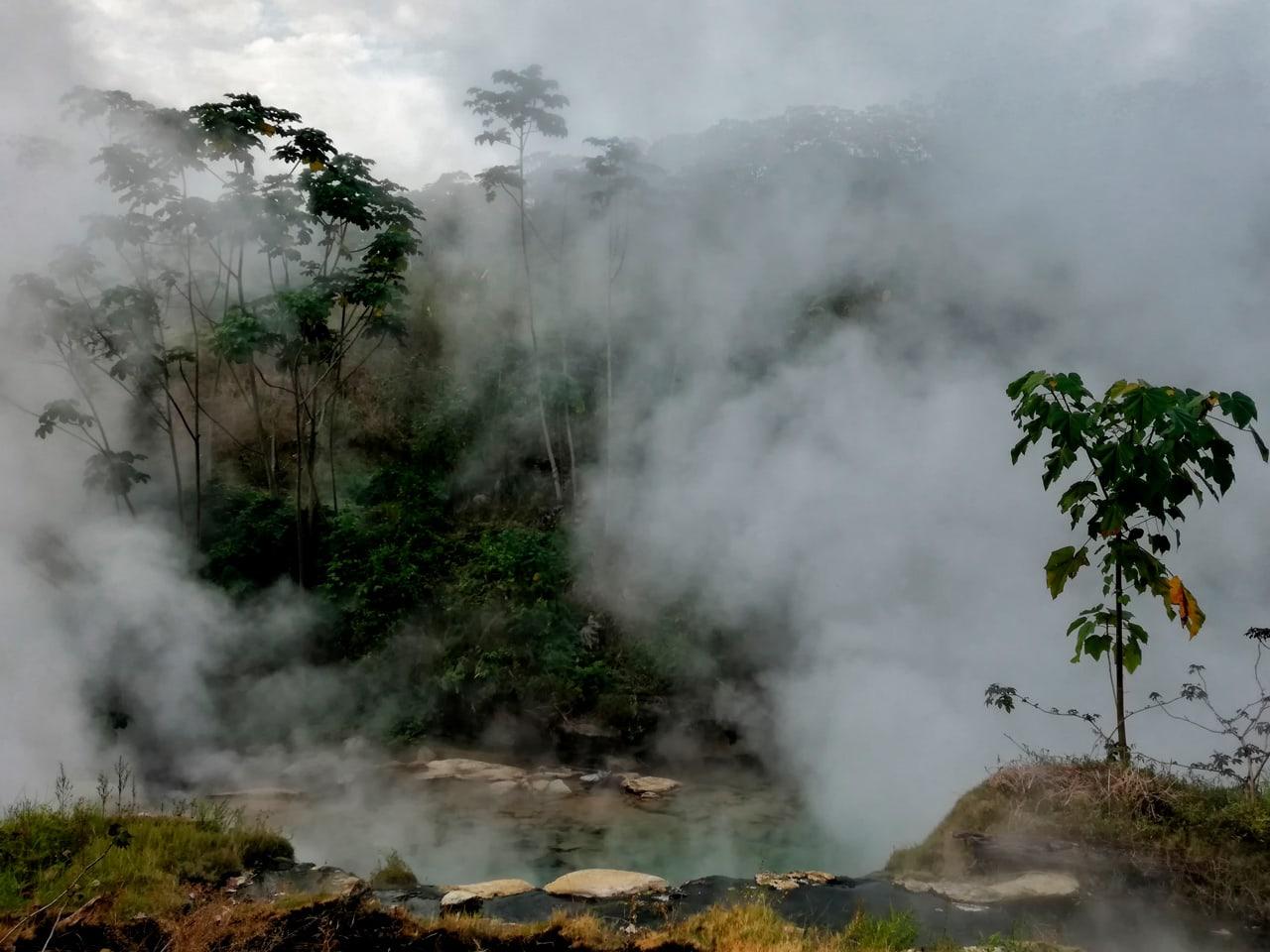 Gorące źródƗa w Peru w Pucallpa