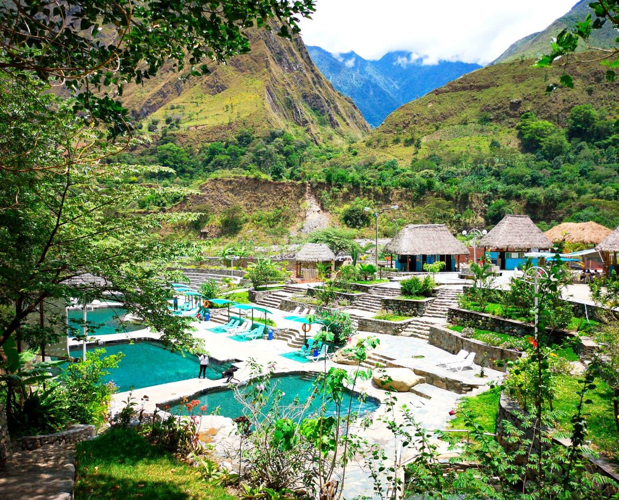 Gorące źródła w Cocalmayo na wycieczce Trekking Inca Trail do Machu Picchu