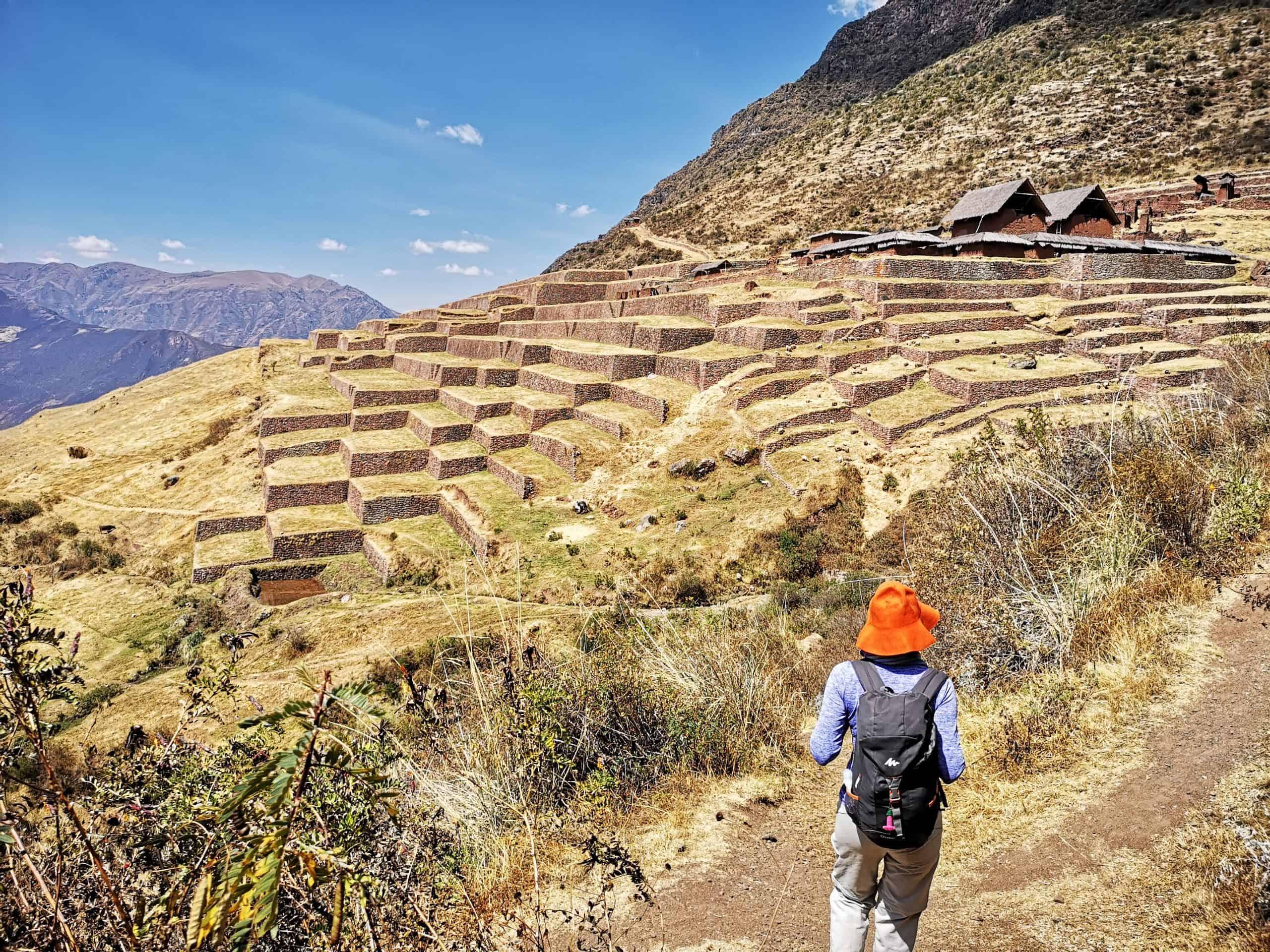 Inkaskie szlaki oraz Ruiny w Huchuy Qosqo oraz Pisac